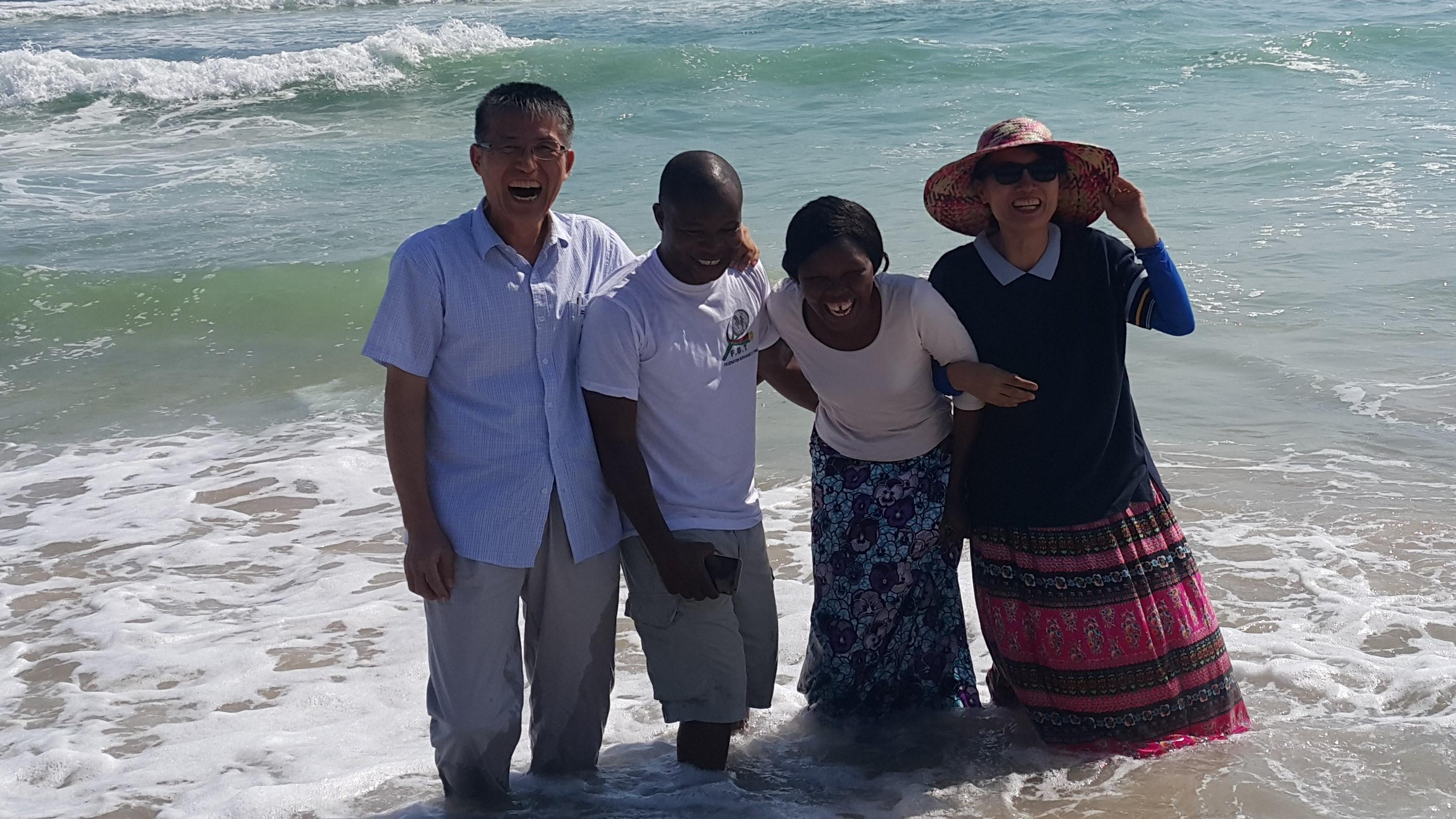 코트디브와르 아비쟝 해변~.jpg